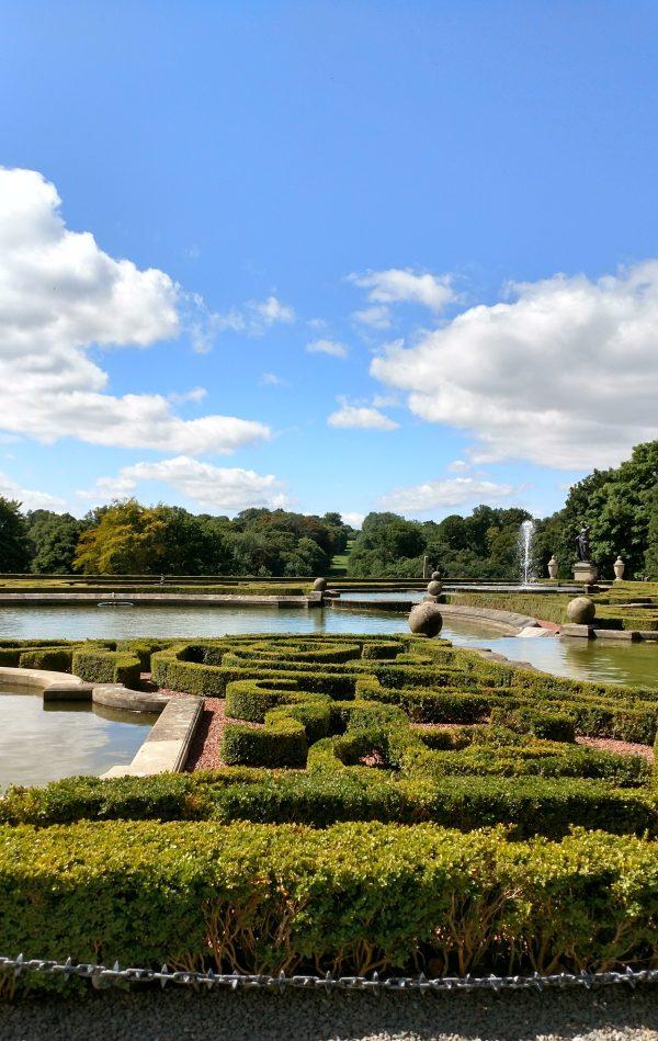 Fountains outside Blenheiim palace