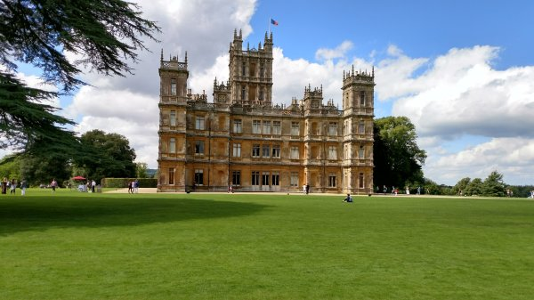Highclere castle side view