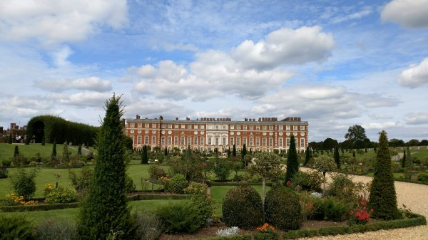 View of the Palace from the gardens along the the Thames